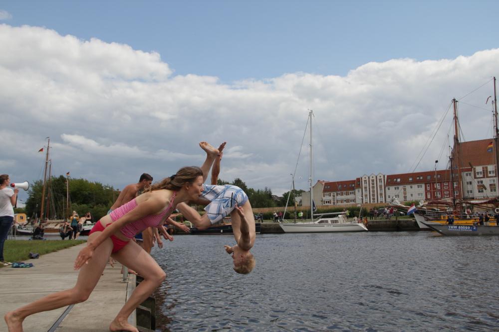 big-jump-2014-11-lkk