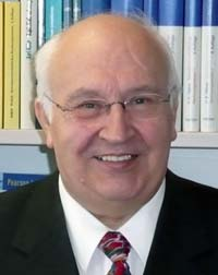 Professor Manfred Jürgen Matschke (C) moritz Magazin