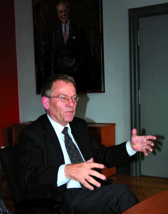 moritz-print-mm77-16-hopo-interview-rektor-westermann-image-01-arik-platzek