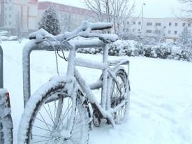 Die Stadt schlägt vor, das Fahrrad stehen zu lassen.