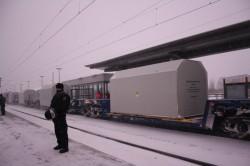 Der Castor durchfährt den Greifswalder Hauptbahnhof