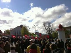 Friedliche Demo gegen Rechts an der Europakreuzung (Foto: Eric Makswitat)