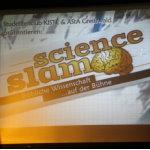 Pflaumenmus, Plüschbär und eine Prinzessin – Science Slam in Greifswald
