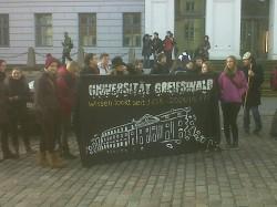 Die Greifswalder Studenten sind nund auch bei der Demo.