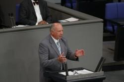 Bundestagsabgeordneter Eckhardt Rehberg (CDU), hier im Parlament, übt Kritik an Brodkorbs Politik.
