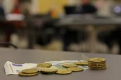 Reichen diesem Parlament acht Euro im Semester aus oder müssen es mehr werden?