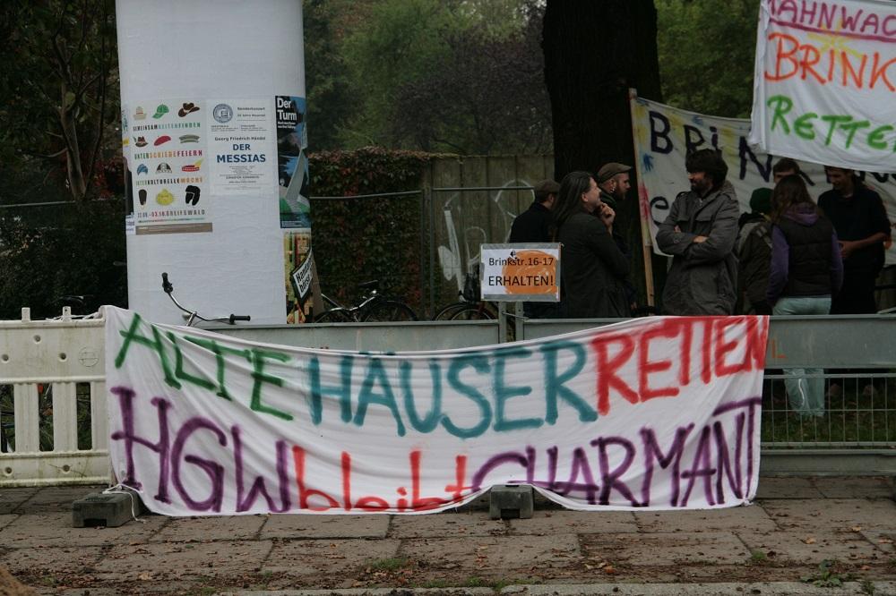 Brinke16bis17bleibt – Protestler besetzen Haus