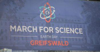 Wissenschaftler aller Länder vereinigt eucht! – March for Science in Greifswald
