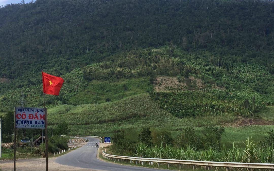 Mit dem Motorrad durch die Berge Vietnams